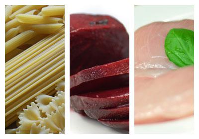 Zapečené těstoviny s kuřecím masem a červenou řepou
